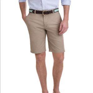 Vineyard Vines 9 inch stretch breaker khaki shorts